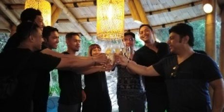 "The Grand Plan Gelar Event Pertama ""Lantern River Party"""