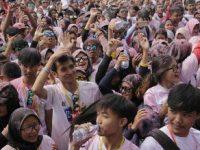 Le Minerale Dukung Indonesia Color Run 2019 di Bandung Barat