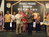 """Askrindo Syariah Sabet Penghargaan """"The Most Trusted Company In Service and Costumer Satisfaction Of The Year 2018"""""""
