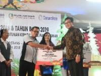 Askrindo, Danareksa, dan PTPN III Berbagi Kasih Di Palangkaraya