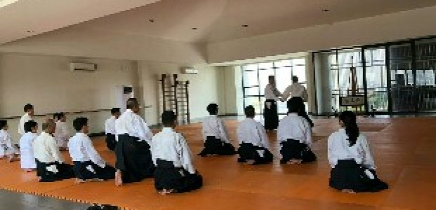 Perkenalkan Aikido, Ikiru Dojo Datangkan Pelatih Senior Negeri Sakura