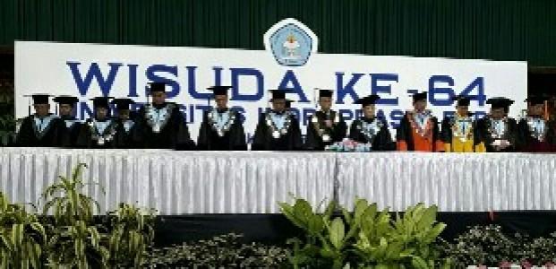 Universitas Indraprasta Luluskan 1242 Wisuda Baru