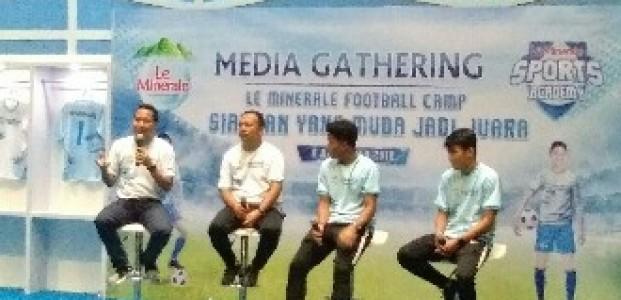Le Minerale Football Camp Siapkan Pesepak Bola Muda Indonesia Jadi Juara Nasional Dan nternasional