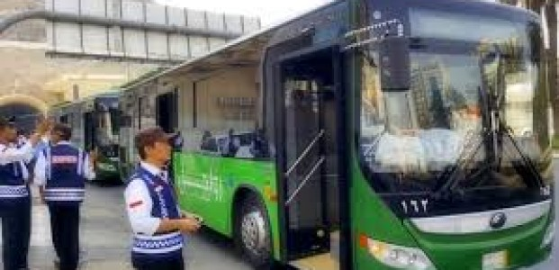 Bus Shalawat Layanan Transportasi Jamaah Haji di Tanah Suci