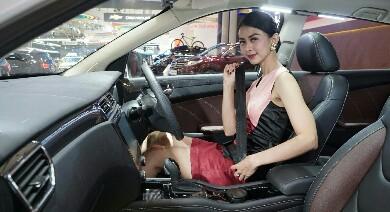 SUV Glory 580 Hadir Dengan Teknologi Canggih Berikan Rasa Aman dan Nyaman