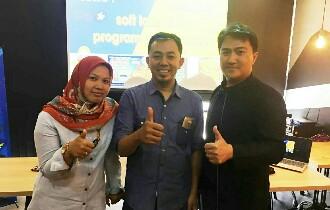 Komunitas Bakoel Online Ajak Pelaku UKM Malang Memasuki Industry 4.0