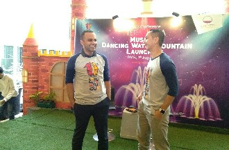 "Mall TerasKota Launching Wahana Baru ""Musical Dancing Water Fountain"""