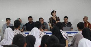 Quadrant Gandeng SMK Telkom Purwokerto Selenggarakan Program Pengembangan IT